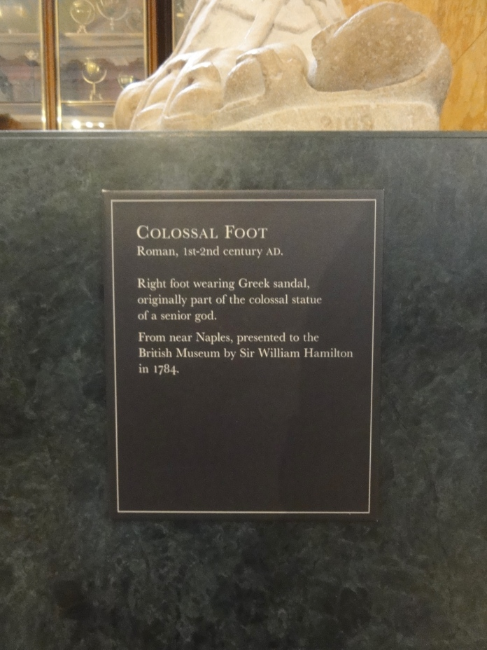 label-colossal-foot